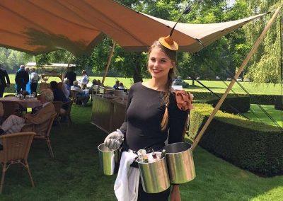 Cateringmedewerkster van Hotel-Restaurant Bakker in Vorden