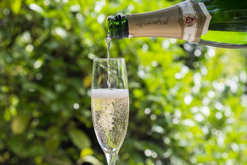 Champagne bij Hotel-Restaurant Bakker in Vorden