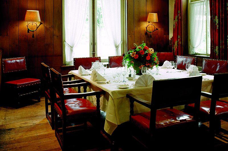 Intiem diner in de jachtzaal van Hotel-Restaurant Bakker in Vorden