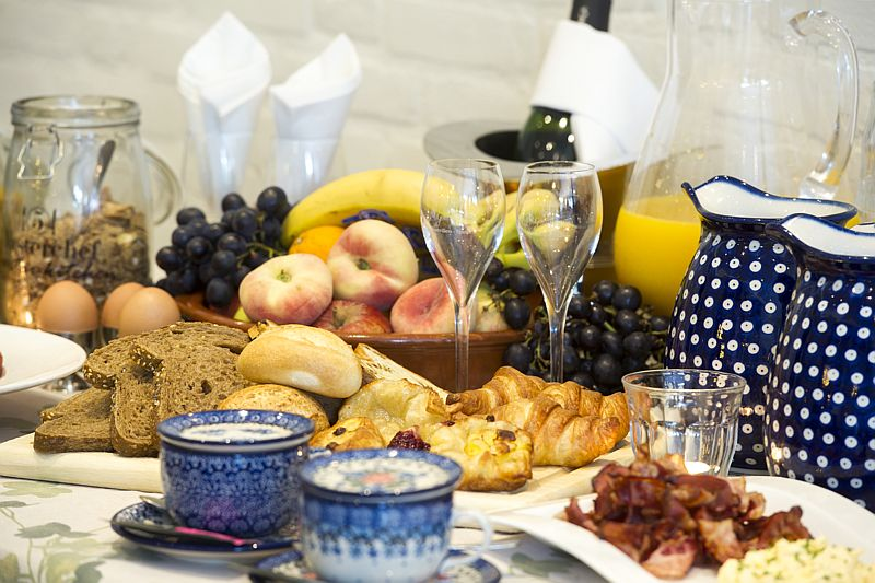 Arrangement Pieterpad inklusive reichhaltigem Achterhoeks-Frühstücksbuffet von Hotel-Restaurant Bakker in Vorden